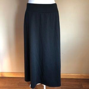 Dana Buchman   Black  A-Line Skirt  XL
